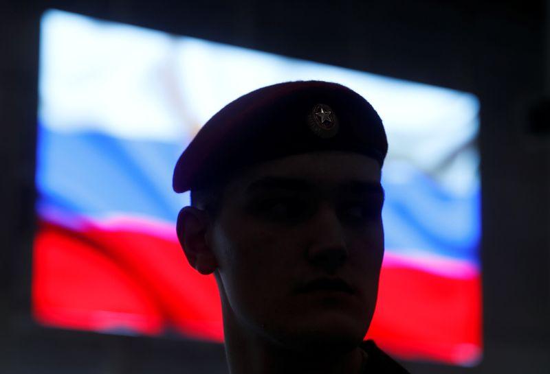 Путин: Россия вновь предлагает обсудить вопросы стратегических вооружений