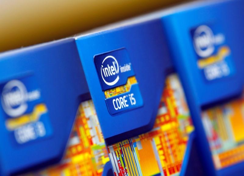 Что встряхнёт рынки: доходы AT&T и прогноз Intel