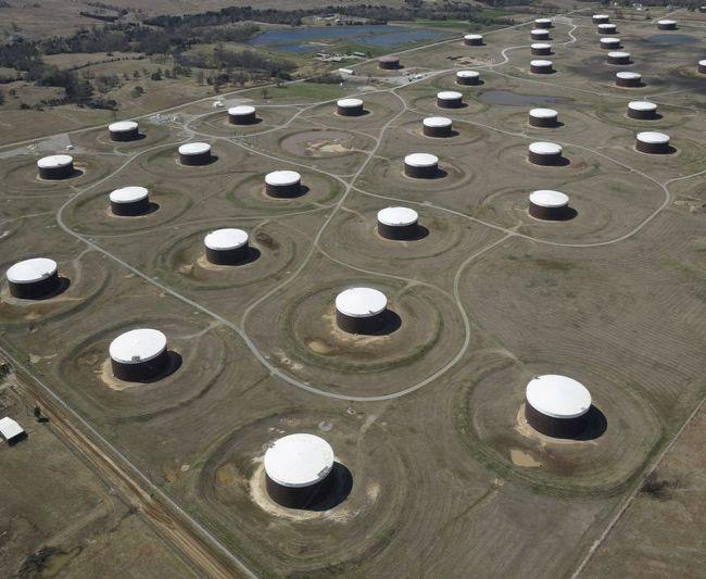 ОПРОС РЕЙТЕР-Цены на нефть будут расти, несмотря на спад спроса в Индии