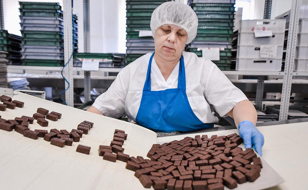 Кондитеры оценили ущерб от спора с Белоруссией из-за сиропа в конфетах