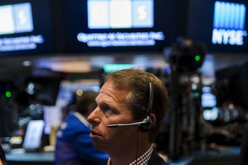 Европейские рынки акций торгуются на понижательном тренде