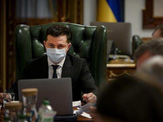 Зеленский объявил войну олигархам: Порошенко пойдет за Медведчуком