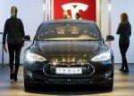 Акции Tesla упали на 7%