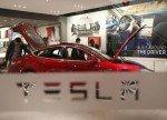 Tesla временно останавливает производство Model 3