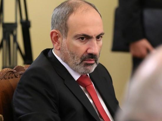 Эксперты предрекли Пашиняну отставку: иначе страну не спасти