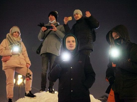 Задержанный за пост о фонарике под подушкой москвич невовремя пошутил