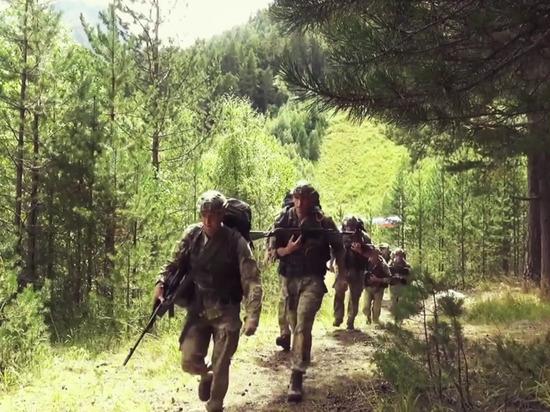 Сотни подмосковных школьников прошли военный курс в «Авангарде»