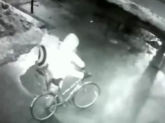 Видео с распылением газа у «Новой газеты» выглядело крайне странно