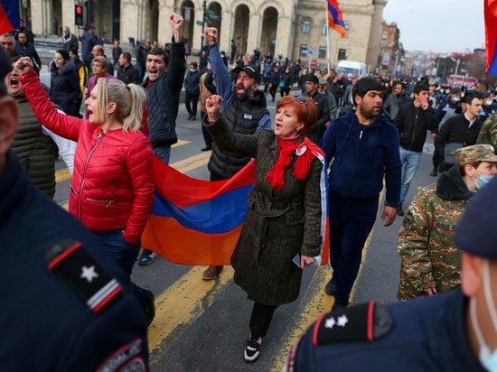 Пашиняну удалось расколоть оппозицию Армении