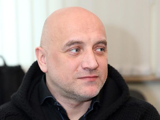 Прилепин объяснил передвижение танков по Донбассу