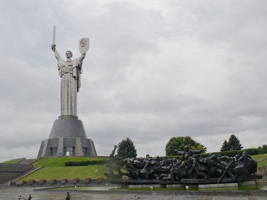Киев заявил об опасности русского языка из-за Путина