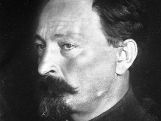 ФСБ обнародовала письмо Дзержинского о слежке за Сталиным