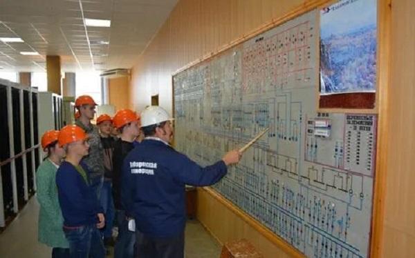 На энергообъектах «Хабаровской генерации» возобновилась студенческая практика