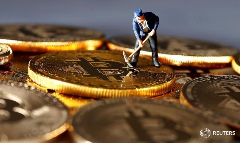 Хедж-фонд Бревана Ховарда начнет покупать криптовалюты