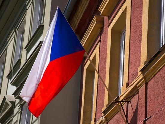 Генерал ФСБ назвал «чушью» чешские обвинения в адрес наших дипломатов