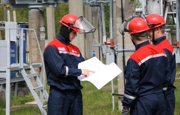 «Россети Ленэнерго» подключает заявителей к сетям без ограничения энергоснабжения