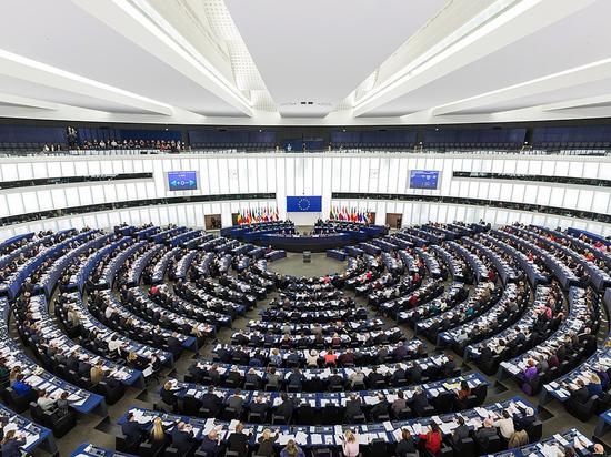 В Европарламенте призвали выслать российских дипломатов при ЕС