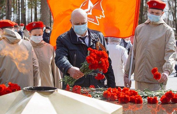 «Газпром межрегионгаз» перевел на сетевой газ еще 28 памятников Победы