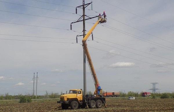 В Саратовской области ведут ремонт ВЛ 110 кВ «Березовская-Аммиак»
