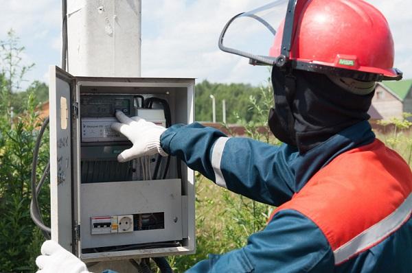 Качество электроснабжения повысят в 12 округах Московской области