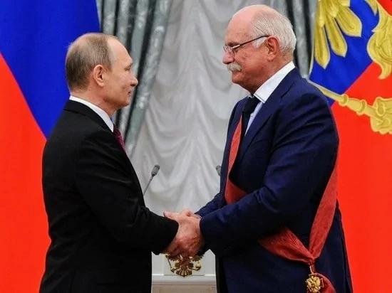 Никита Михалков призвал лишать гражданства за призывы к санкциям