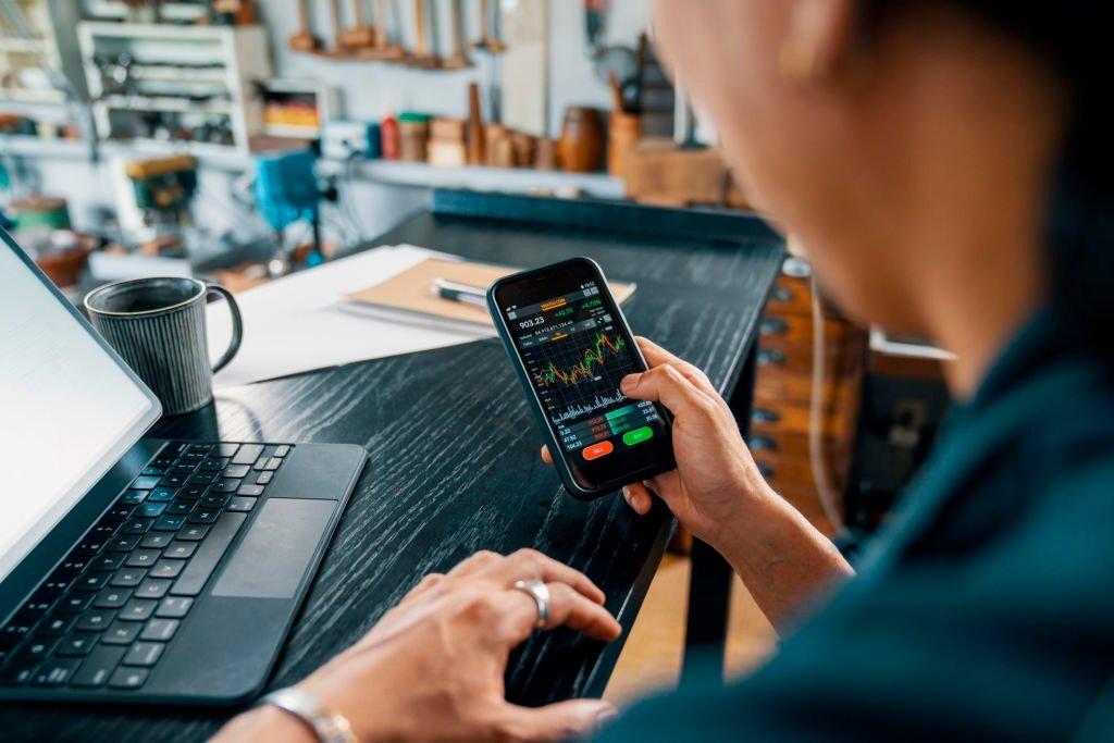 Как выбрать криптовалютную биржу: критерии и особенности подбора